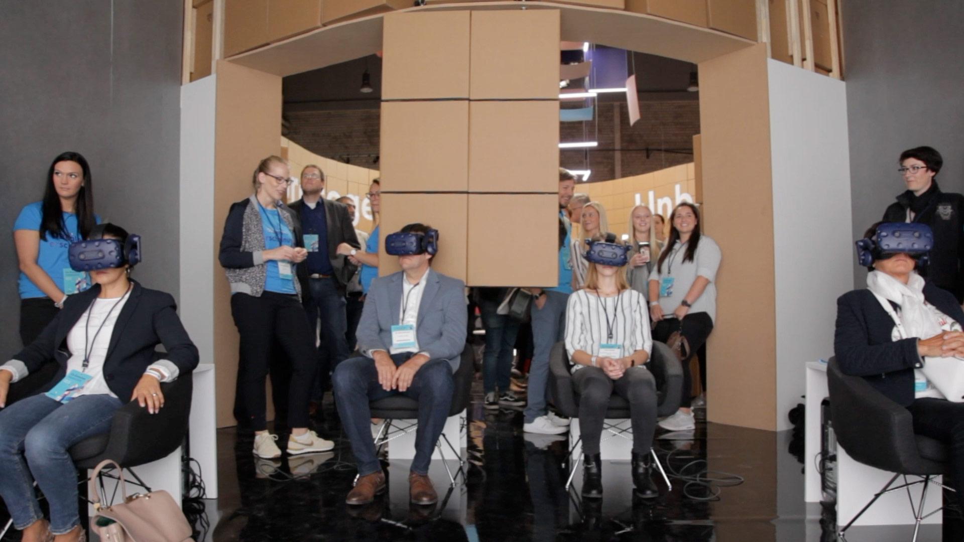 VR Experience für die Health AG. Nutzung der HTC Vive Pro & Unreal Enging. Realtime Location based Experience mit Challenge Effekt für den User am Ende. Die Zukunft der Digitalisierung in Form eine VR Experience für die Health AG. Gemeinsam mit Mutabor entwickelt.